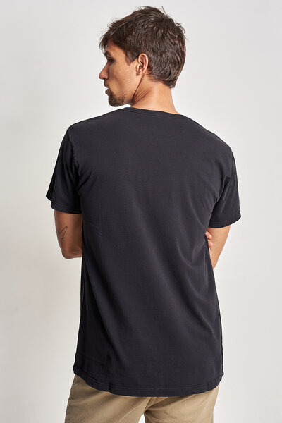 CAMISETA MOUNTAIN STUDIOS BLACK