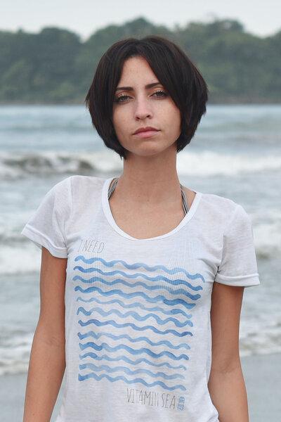 T-Shirt | I Need Vitamin Sea