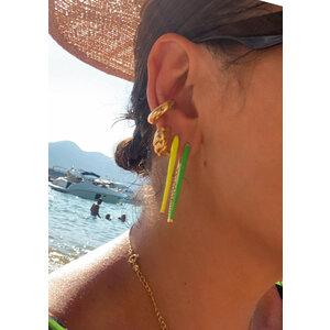 Brinco Ponta Colors Esmaltada Verde cravejado interno Ouro18k