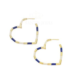 Argola Coração Esmaltada em Azul e Off White Ouro