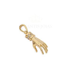 Pingente mao com detalhe cravejado ouro18k