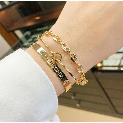 Bracelete Liso com gravaçao Abençoada Ouro18k