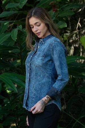 Camisa Feminina Jeans Dark Stoned