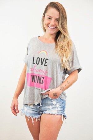 Tee Love Wins