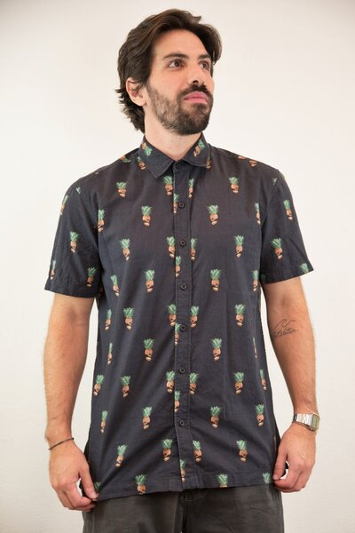 Camisa Masculina Estampada Pineapple Skull