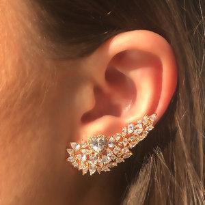 Brinco Ear Cuff Coração Luxo Banho de Ouro 18 K Semijóia