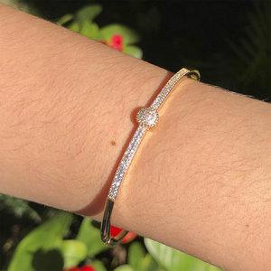 Bracelete com Cravação Dourado Semijóia