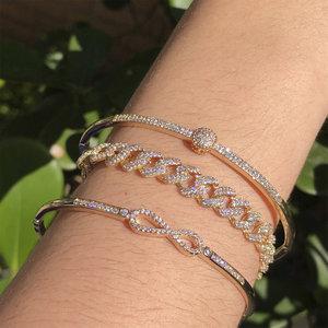Bracelete Infinito Dourado Semijóia