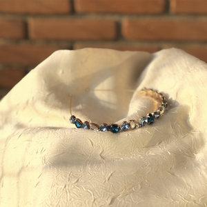 Tiara Pedras Tons de Azul