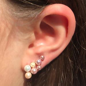 Brinco Ear Cuff Perolinhas Coloridas Duplo Ródio Branco Semijóia