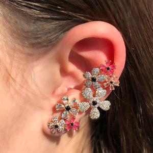 Brinco Ear Cuff Flores Banho de Ouro 18 K Semijóia