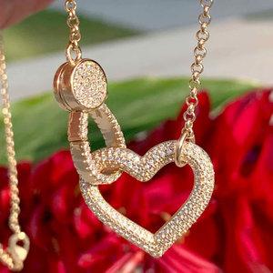 Colar Coração Cravejado Banho de Ouro 18 K Semijóia