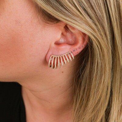 Brinco Ear Cuff Onda Banho de Ouro 18 K Semijóia