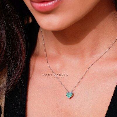 Colar Coração Bordado Colorido Esmeralda Colombiana Prata 925