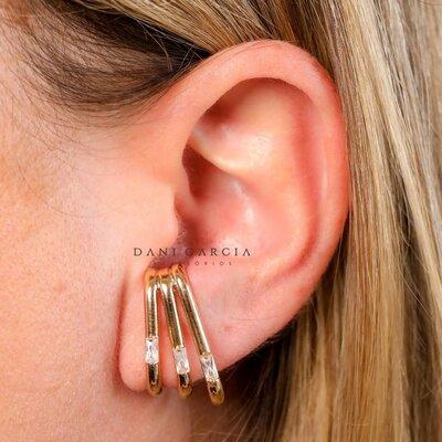 Brinco Ear Hook Triplo Banho de Ouro 18 K