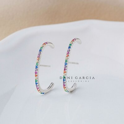 Brinco Ear Hook Fileira de Zircônias Coloridas Prata 925