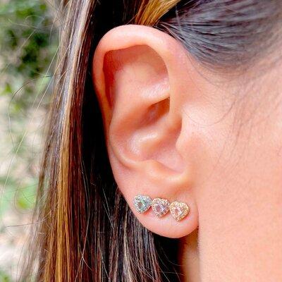 Brinco Ear Cuff Três Corações Banho de Ouro 18 K Semijóia