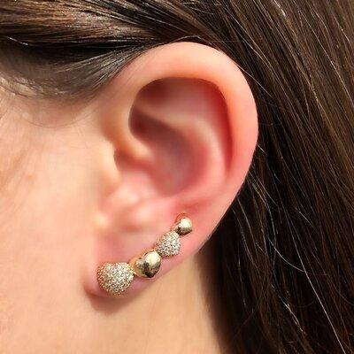 Brinco Ear Cuff Corações Banho de Ouro 18 K Semijóia