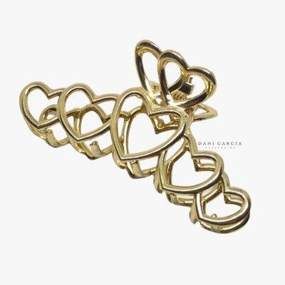 Piranha Metal Corações Dourada