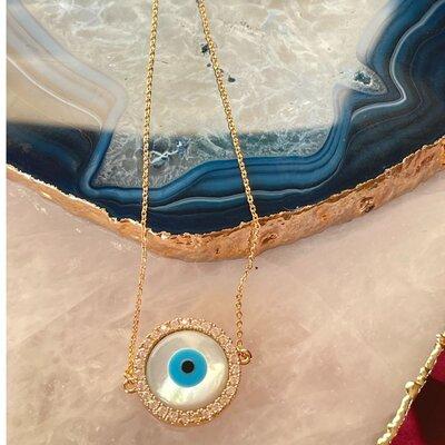 Pulseira Olho Grego Madrepérola Banho de Ouro 18 K