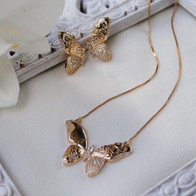 Colar Borboleta Banho de Ouro 18 K Semijóia