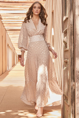 Vestido Longo com Detalhes em Silk