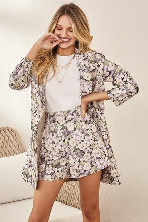 Conjunto Maxi Blazer e Shorts Floral