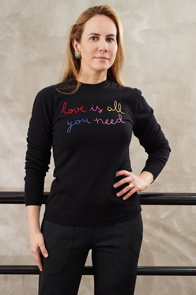 Blusa Tricô Love is All You Need