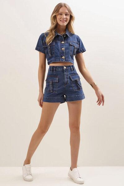 Conjunto Jeans Short e Camisa Cropped