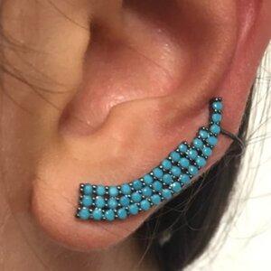 EAR CUFF COM 3 CARREIRAS