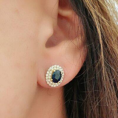 Brinco em Ouro Nobre com Safira Azul e Diamantes