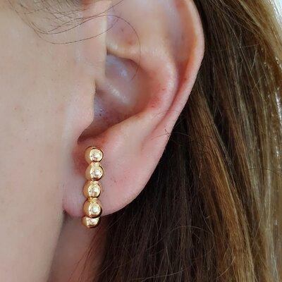 Brinco Ear Hook de Esferas