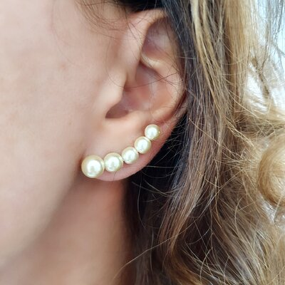 Brinco Ear Cuff Five Pearls