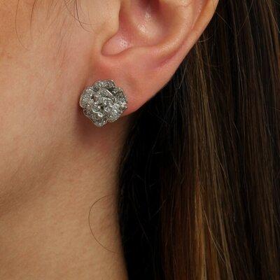 Brinco Flor Ouro Branco 18k com Diamantes