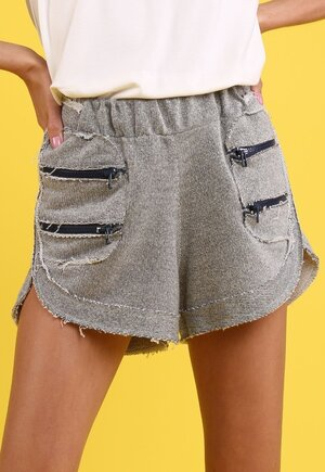 Shorts baccarat