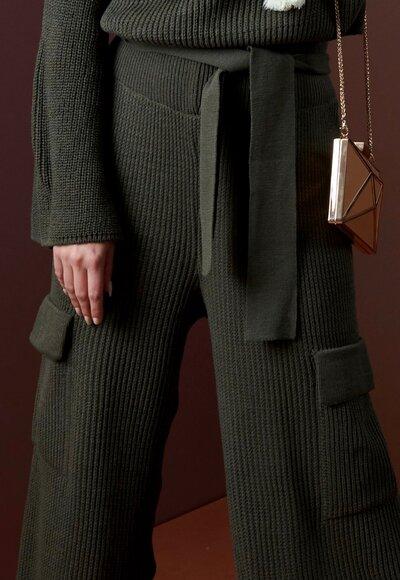 Conjunto tricot flare