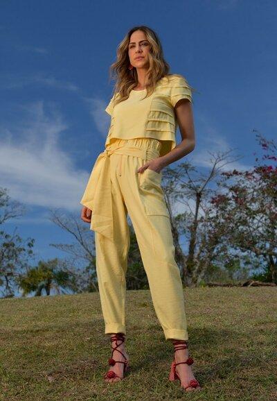 Helena yellow