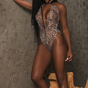 Body Michelle Onça com Máscara Sexy