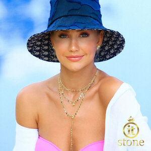 Look Ana Paula Siebert - Colar Moon Star Gravatinha Fancy Yellow Gold
