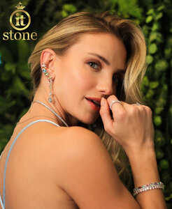 Look Marina Furlan - Ear Cuff Multi Lapidação Dangle Colors