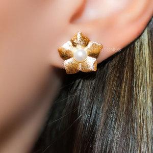 Brinco Flower Pearl Gold