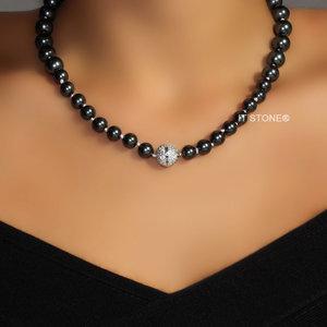 Colar Black Pearls Decrescente Fecho Imã Cravejado