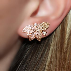 Ear Cuff Leafs Cravejado Gold