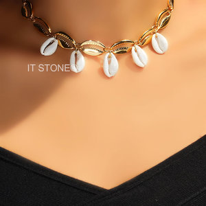 Choker Búzios Natural Dangle Gold