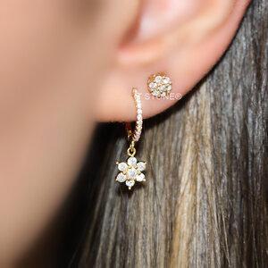 Brinco Segundo Furo Little Flower Gold