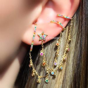 Ear Hook com Piercing Falso Rainbow Gold