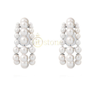 Ear Hook Triple Pearls Luxo