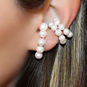Ear Hook Pearls Luxo