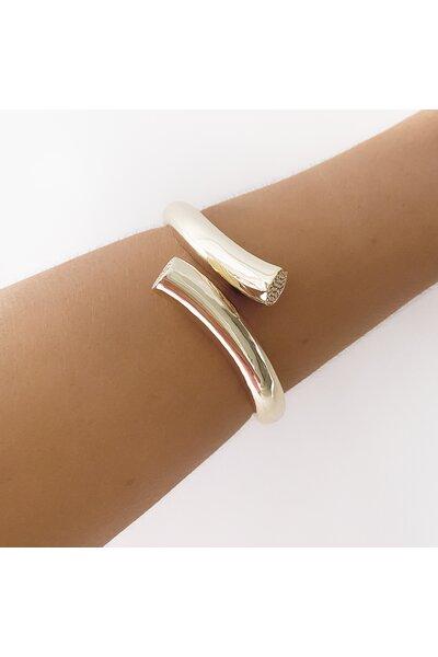 Bracelete Dourado liso com Ponteira cravejada em zircônias