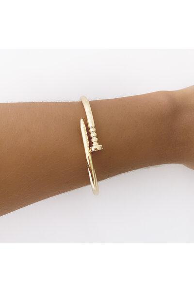 Bracelete dourado prego inspired